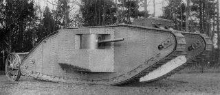 Grande Guerra degli Italiani Carro Mark I - 1917