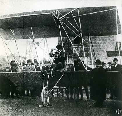 Il biplano AG-1
