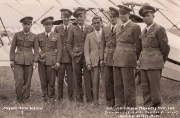 I piloti della Squadriglia Folle al Meeting Internazionale di Acrobazia Aerea di Zurigo-Dubendorf - Luglio 1932