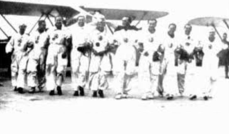 Sttembre-Novembre 1937 - Piloti della Pattuglia Mirafiori e del 1° Stormo Caccia - America Latina