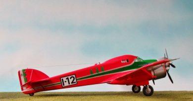 Modello dell'S.79C - Adattamento del Kit Arfix S.79 in 1/72 - Modello e foto di Gabriel Stern