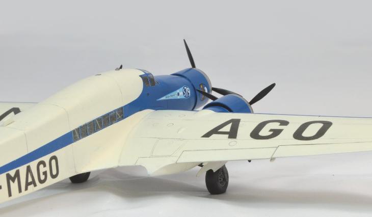 Conversione del kit Italeri - 1/72 - Savoia-Marchetti S.79 P.III