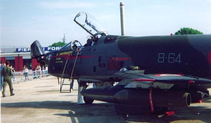 3 - Fiat G91Y - 8° Stormo - 101° Gruppo - 5000 ore di volo del Mag. L. Castelletti - Luglio 1989