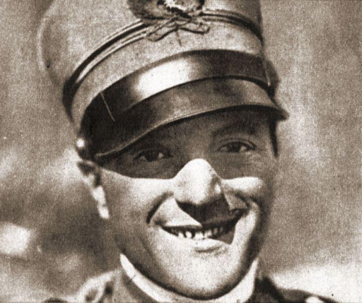 Tenente Mario De Bernardi