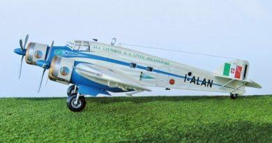 5 - Modello in 1/72 del Savoia Marchetti S.M.79 - Ala Littoria -Realizzazione e foto di Gabriel Stern