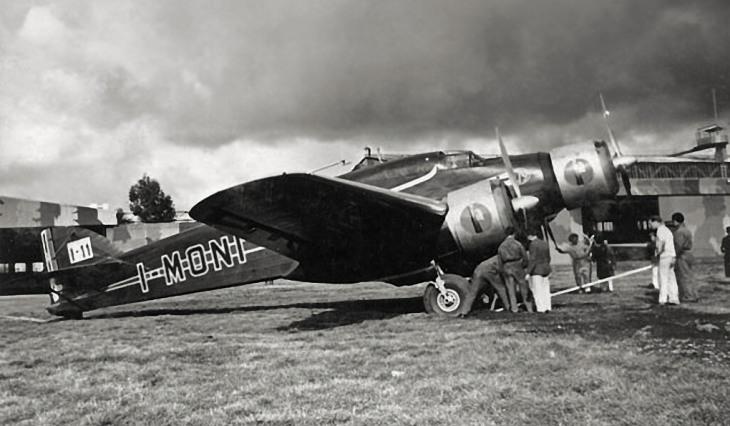 Savoia Marchetti S.79T in partenza da Guidonia per il raid Italia-Brasile - 24-1-1938
