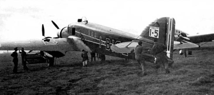 Partenza da Dakar del I-BISE il 24-01-1938 per il raid Italia-Brasile