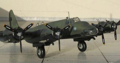 Piaggio P.108B serie II dal Kit Special Hobby, scala 1/72 - Mdello e Foto di Carmel J. Attard