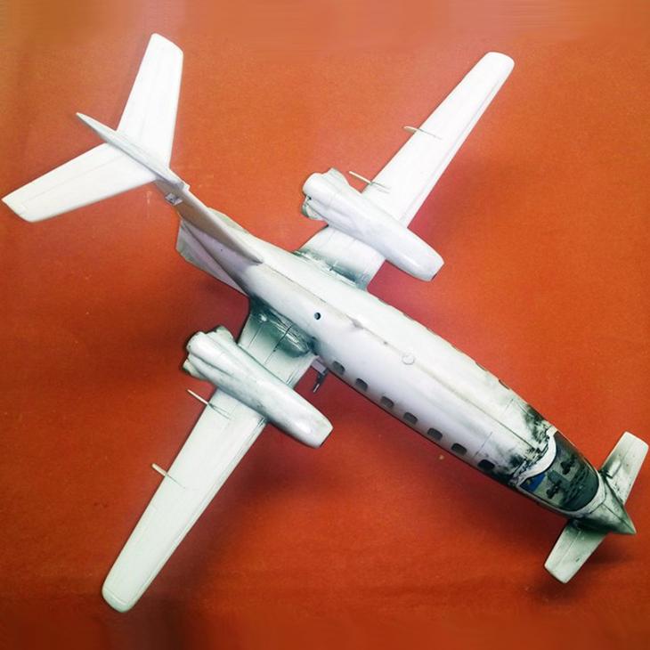 Piaggio P-180 Avanti - Kit Sanger - 1/72 - Modello e foto di Carmel J Attard